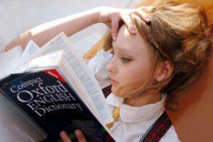 Angličtina bez bifľovania - zábavný kurz anglického jazyka